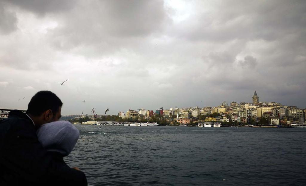 Passeio de ferry em istambul