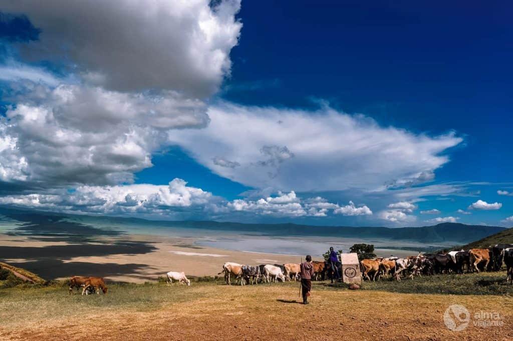 Pásztorok Maasai Ngorongoro