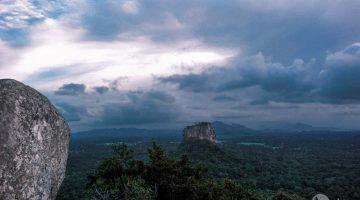 Subindo ao topo de Pidurangala