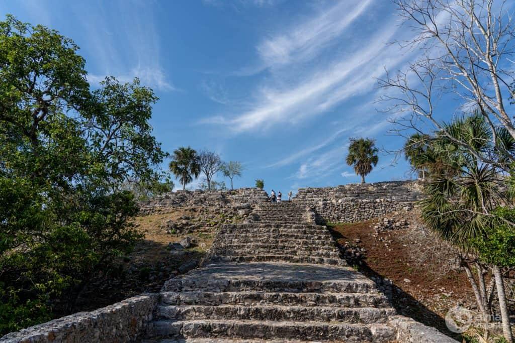 O que fazer em Izamal: visitar pirâmide Kinich Kakmó