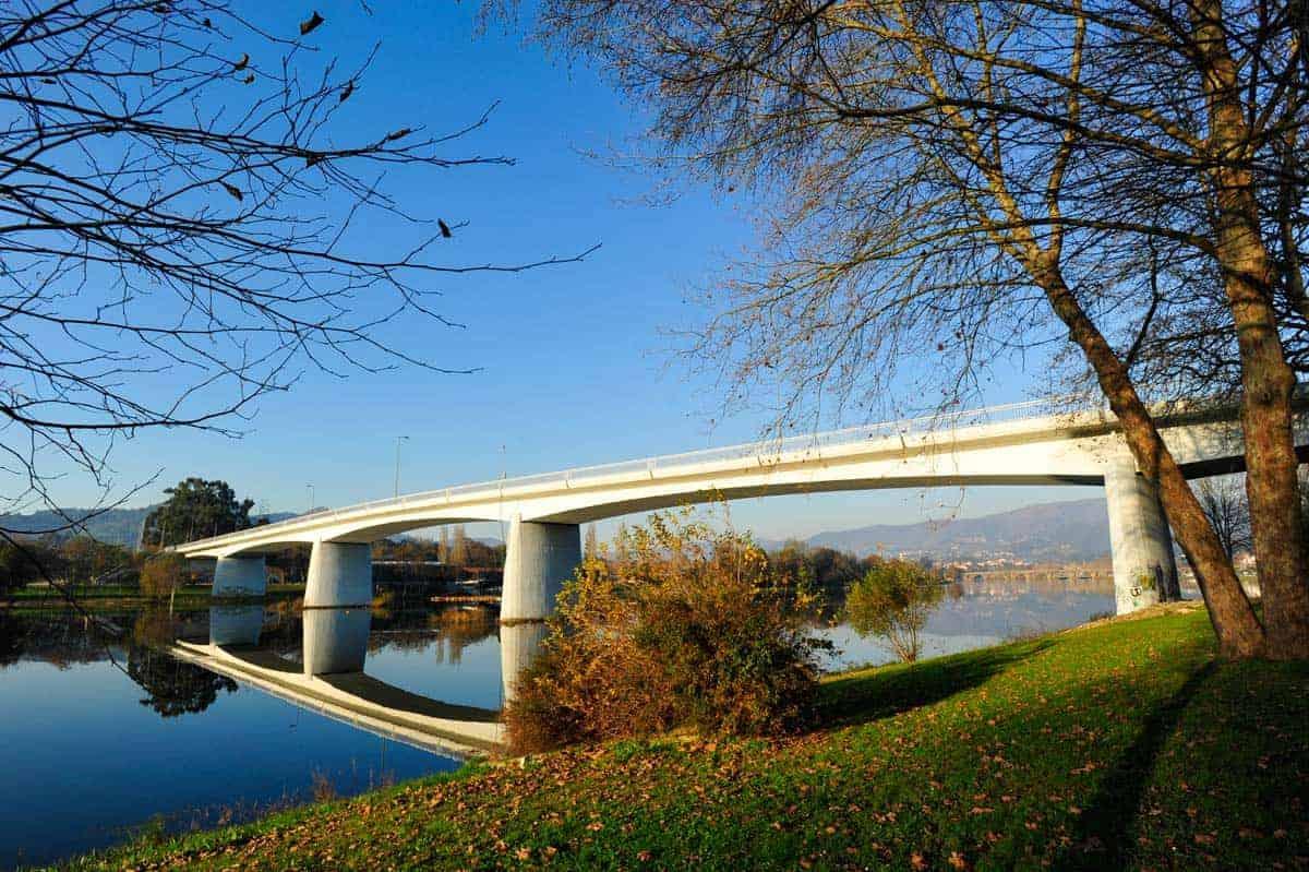 Ponte sobre o Rio Lima