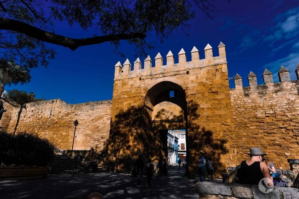 O que visitar em Córdoba: Porta de Almodôvar