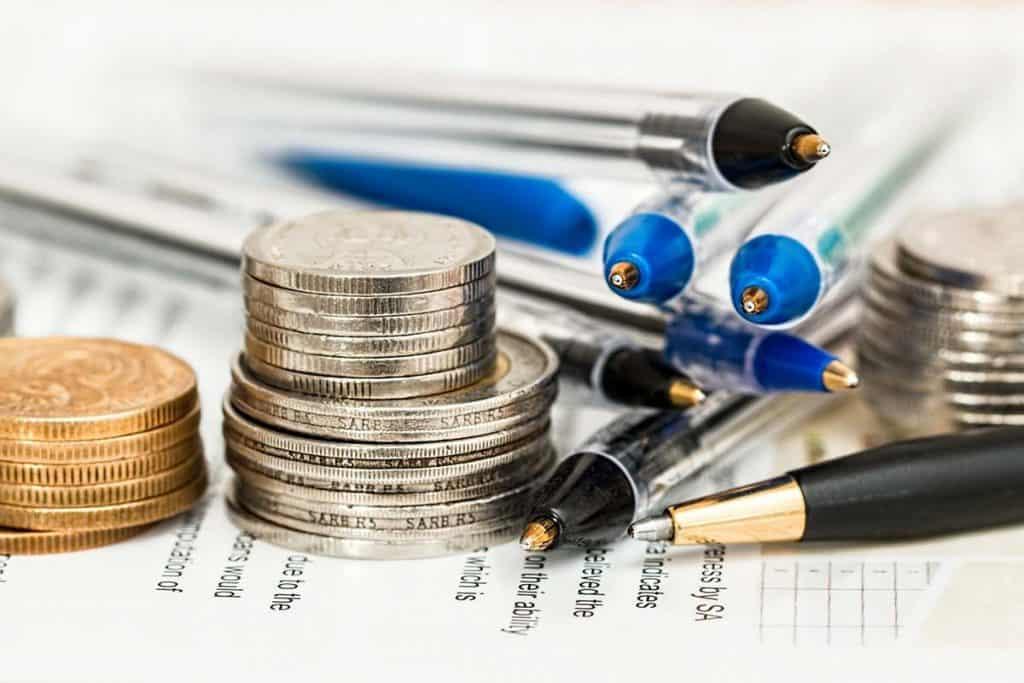 Risparmiare denaro e viaggiare a basso costo