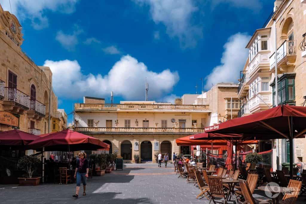Visitar Gozo: Praça São Jorge, Victoria