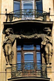 Pormenor de uma fachada em Praga