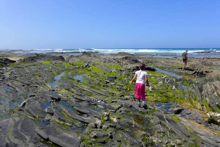 Deti na pláži Carriagem