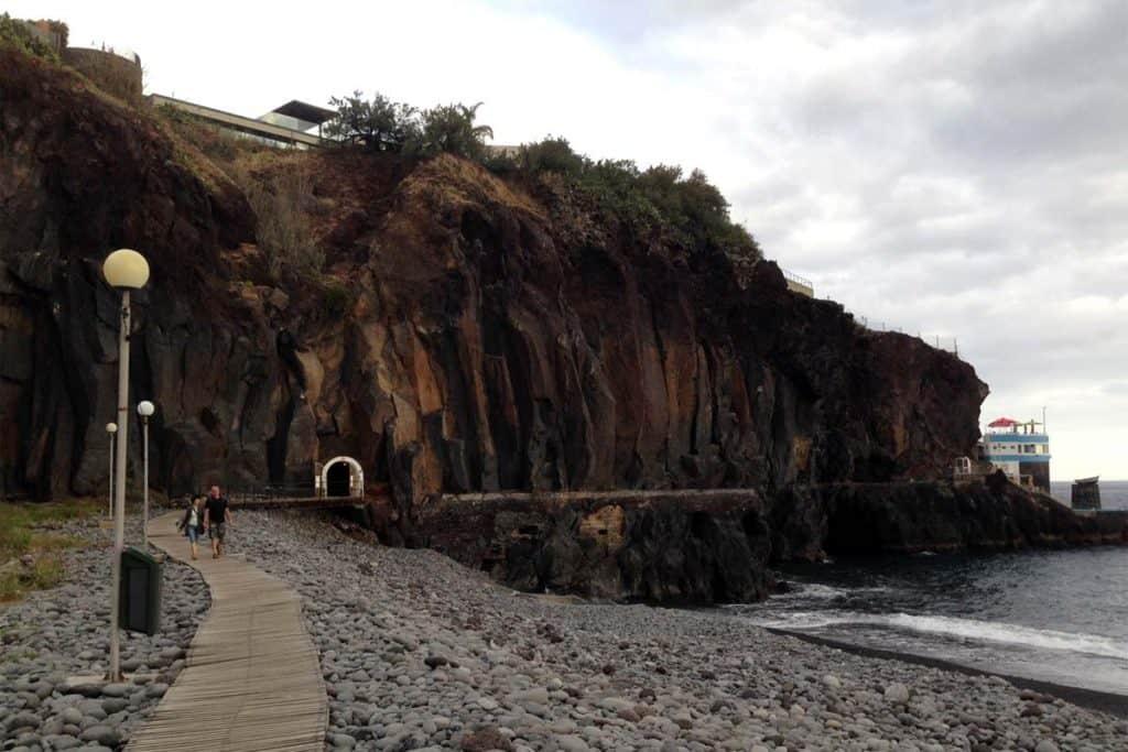 Praia Formosa, Funchal