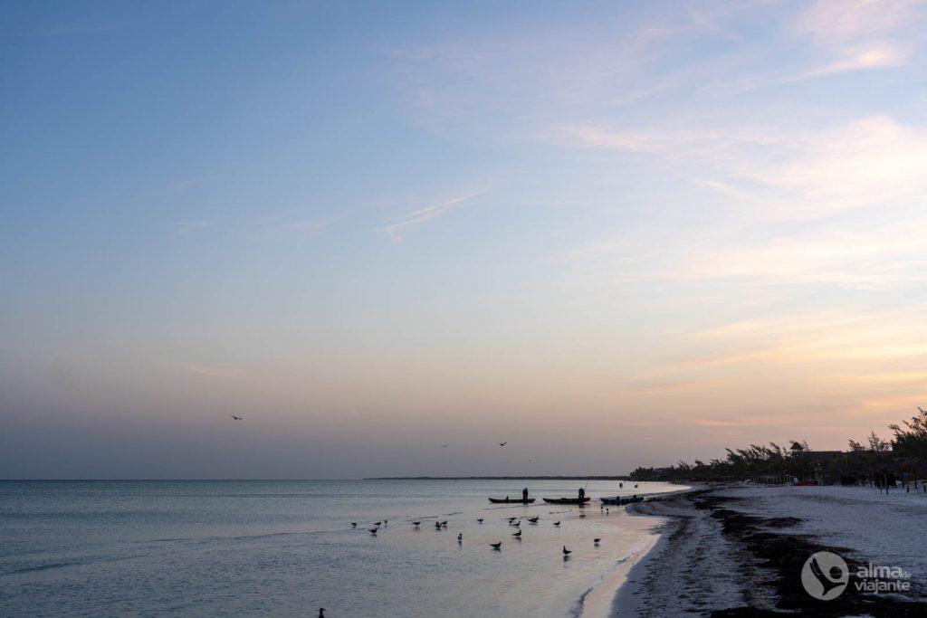 Amanhecer numa praia de Holbox