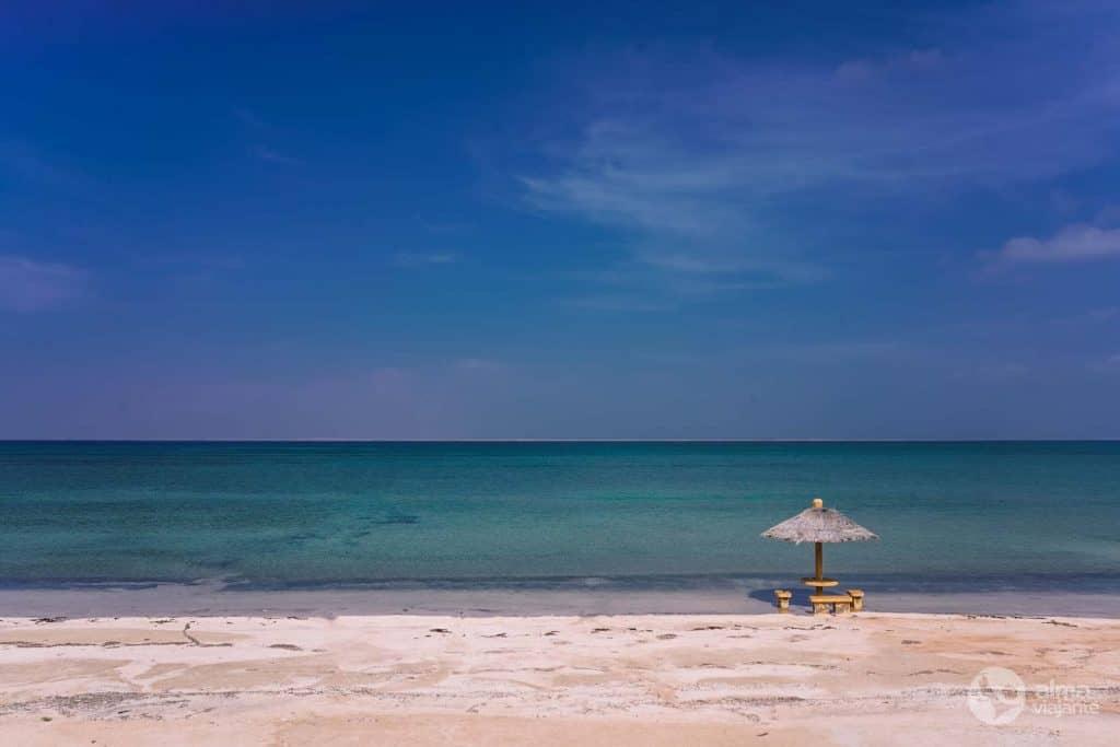 Praia na ilha Farasan