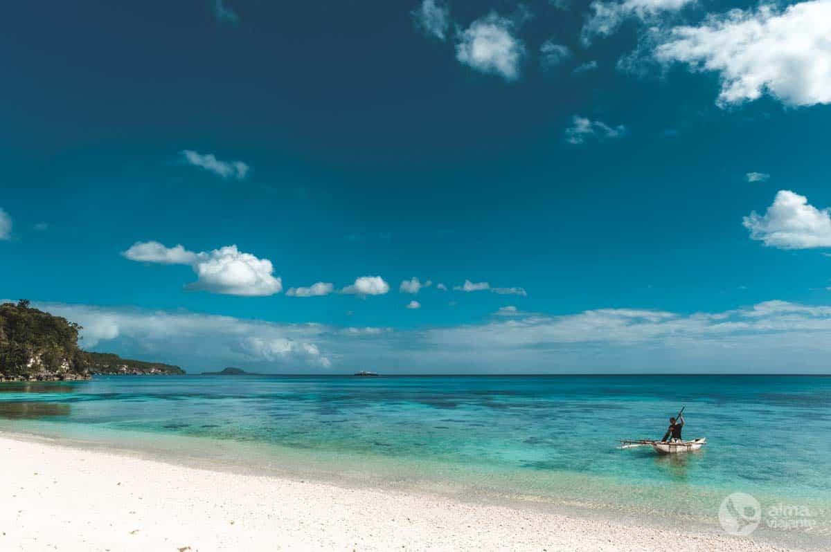 Praia em Lelepa, Vanuatu