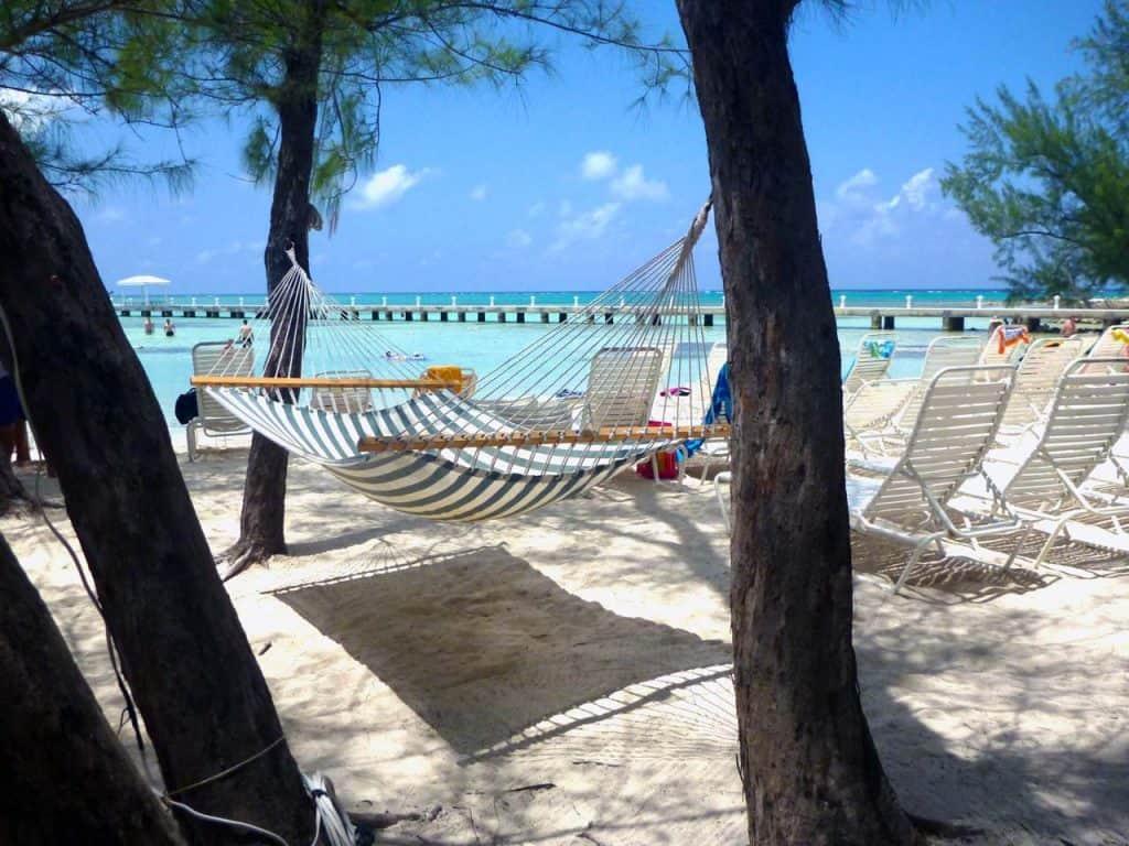 Viver nas ilhas Caimão, um paraíso