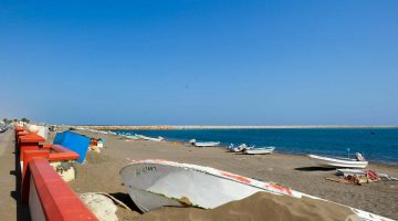 Quryat, uma bonita vila piscatória perto de Muscat (com um forte português abandonado)