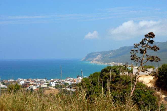 Vista da baía de Raf Raf, Tunísia
