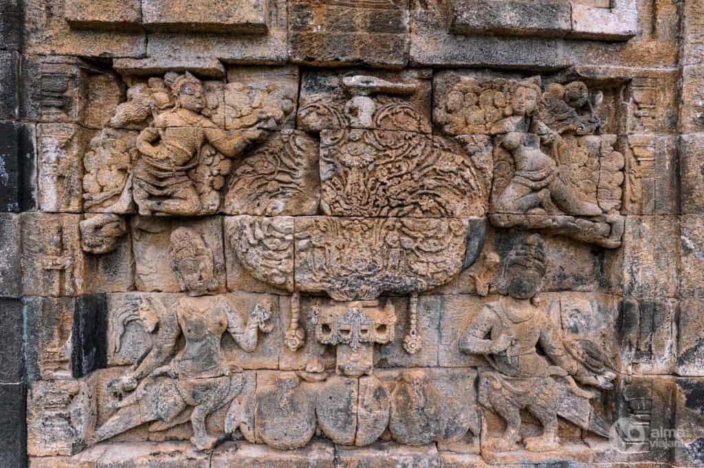 Pormenor templos de Prambanan