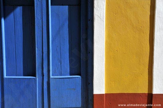 Uma vibrante paleta cromática da arquitectura cubana