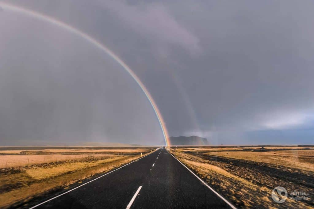 Arco-íris na Ring Road, Islândia