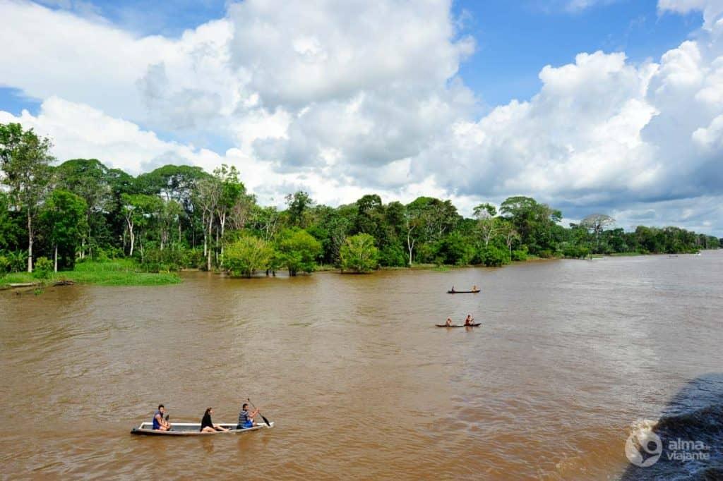 Boottocht in de Amazone