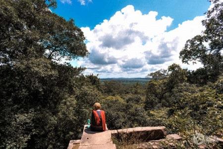 Ruínas do mosteiro Ritigala, Sri Lanka