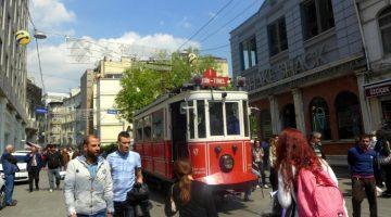 Istiklal, o mundo numa rua