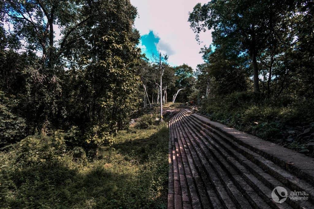 Visitar Ritigala