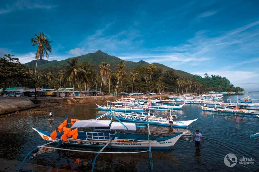 Barcos para visitar o rio subterrâneo Puerto Princesa