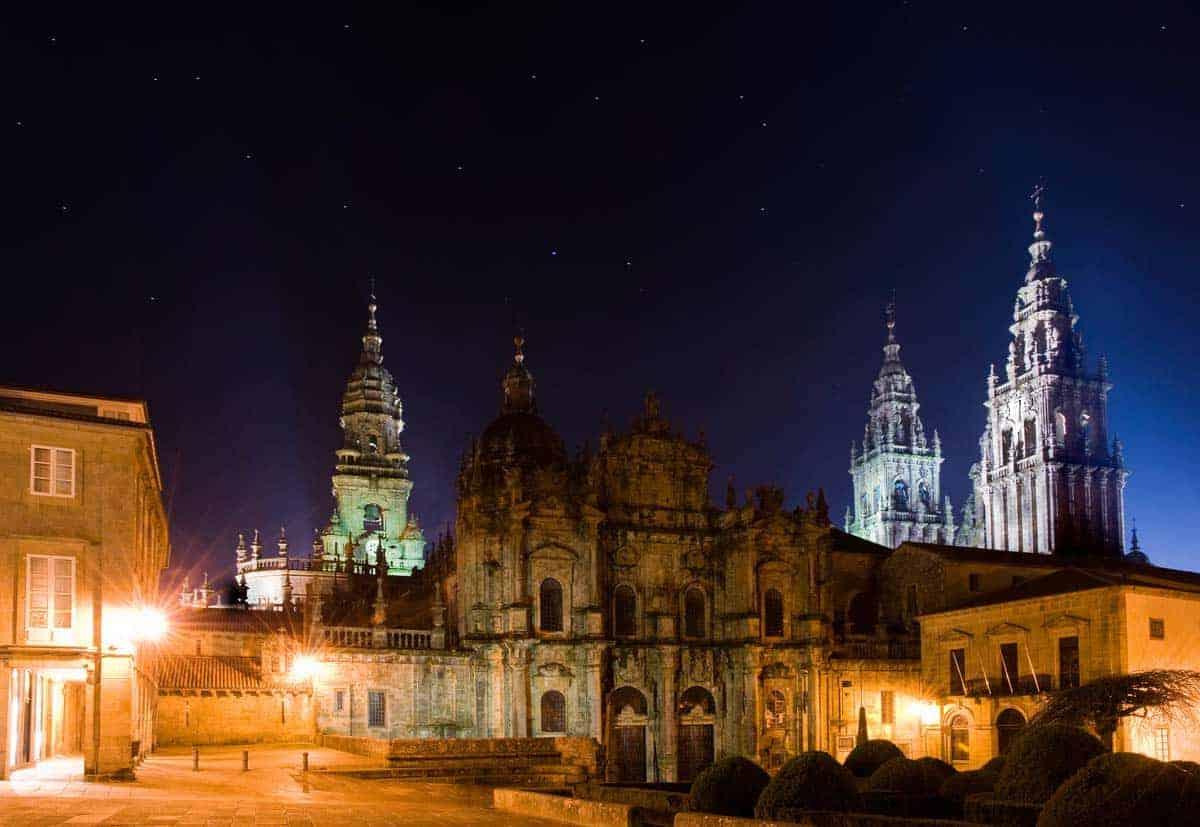 Apmeklējiet Santiago de Compostela