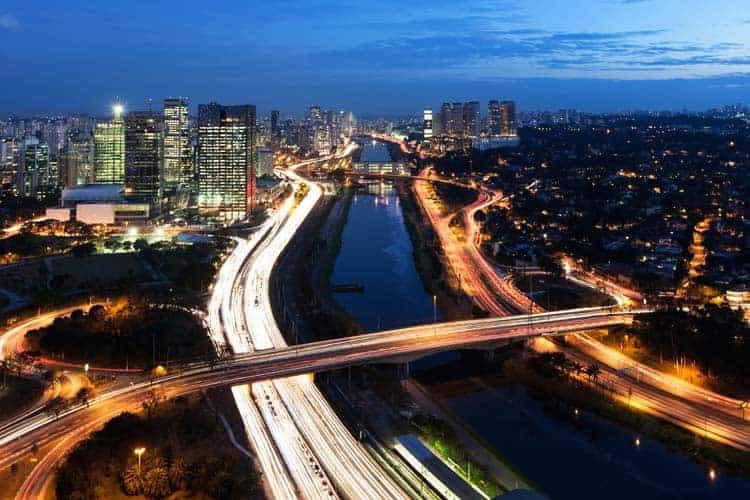 Vista noturna de São Paulo