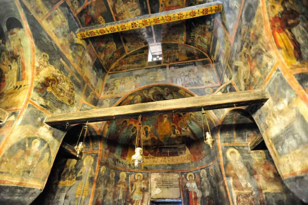 Visitar Sveti Naun Macedónia