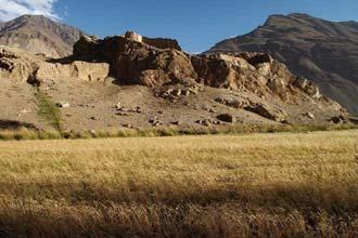 Fortaleza da época da Rota da Seda, em Wakhan