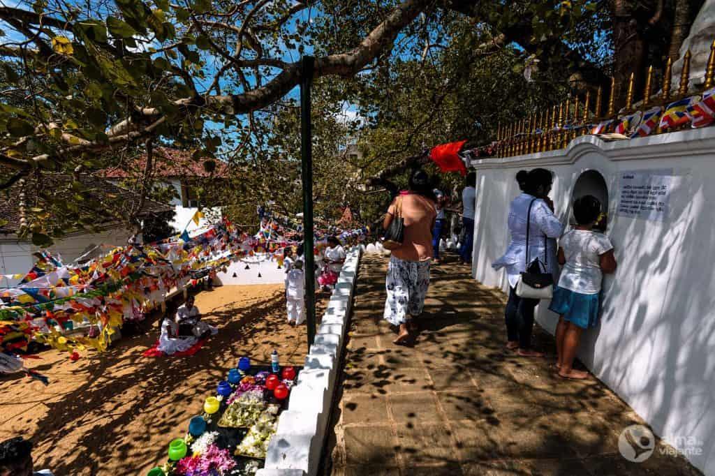 Templo do Dente, Kandy