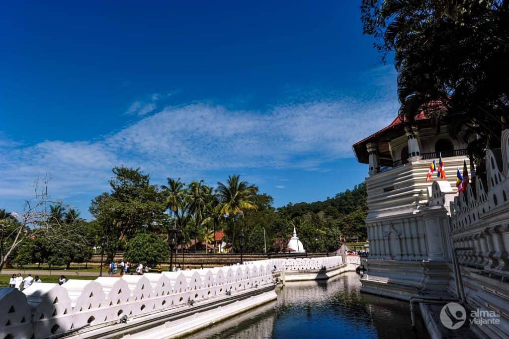 Templo da Relíquia do Dente Sagrado, em Kandy