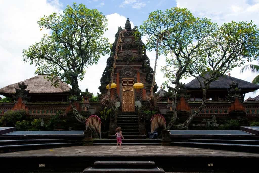 Um dos muitos templos de Ubud