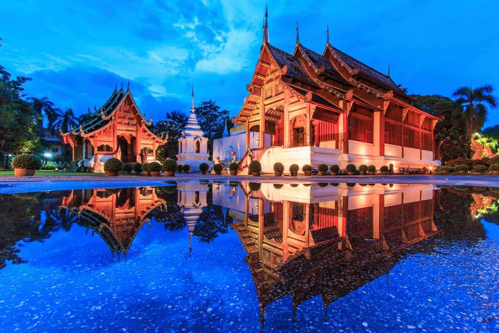 Templo Wat Phra Sing, em Chiang Mai, Tailândia