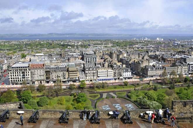 Vista de Edimburgo a partir do castelo