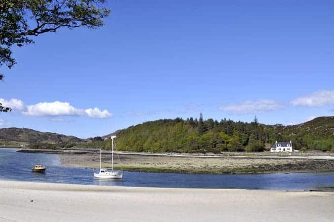 "A famosa ""Estrada das ilhas"", entre Fort William e Mallaig"