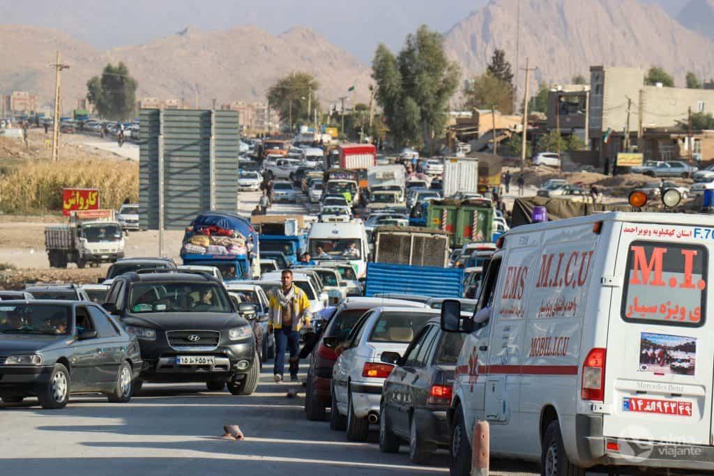 Trânsito em Teerão