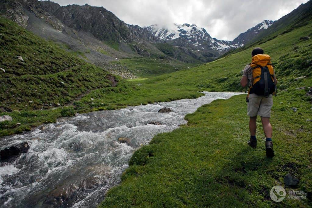 Trekking Tien Shan