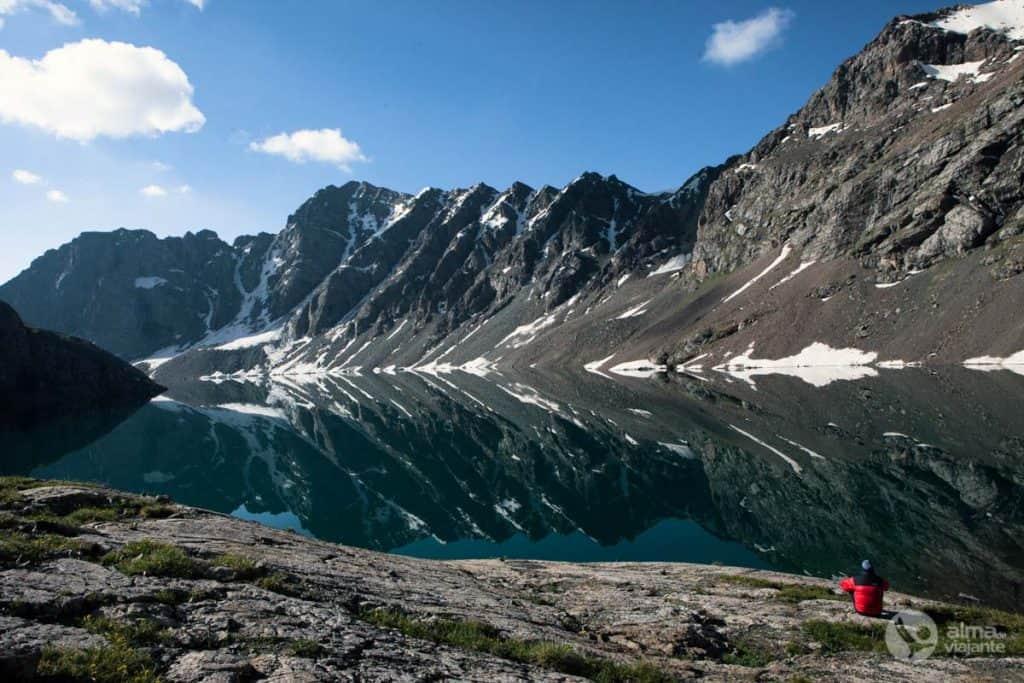 Lago glaciar Ala-kul, Quirguistão