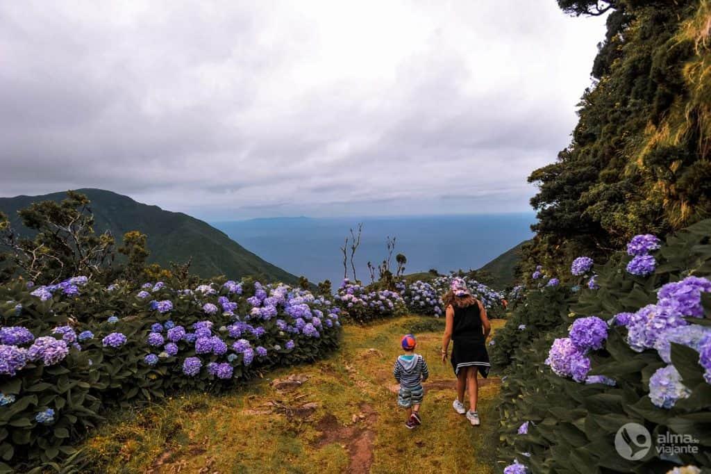 Trekking em São Jorge com crianças