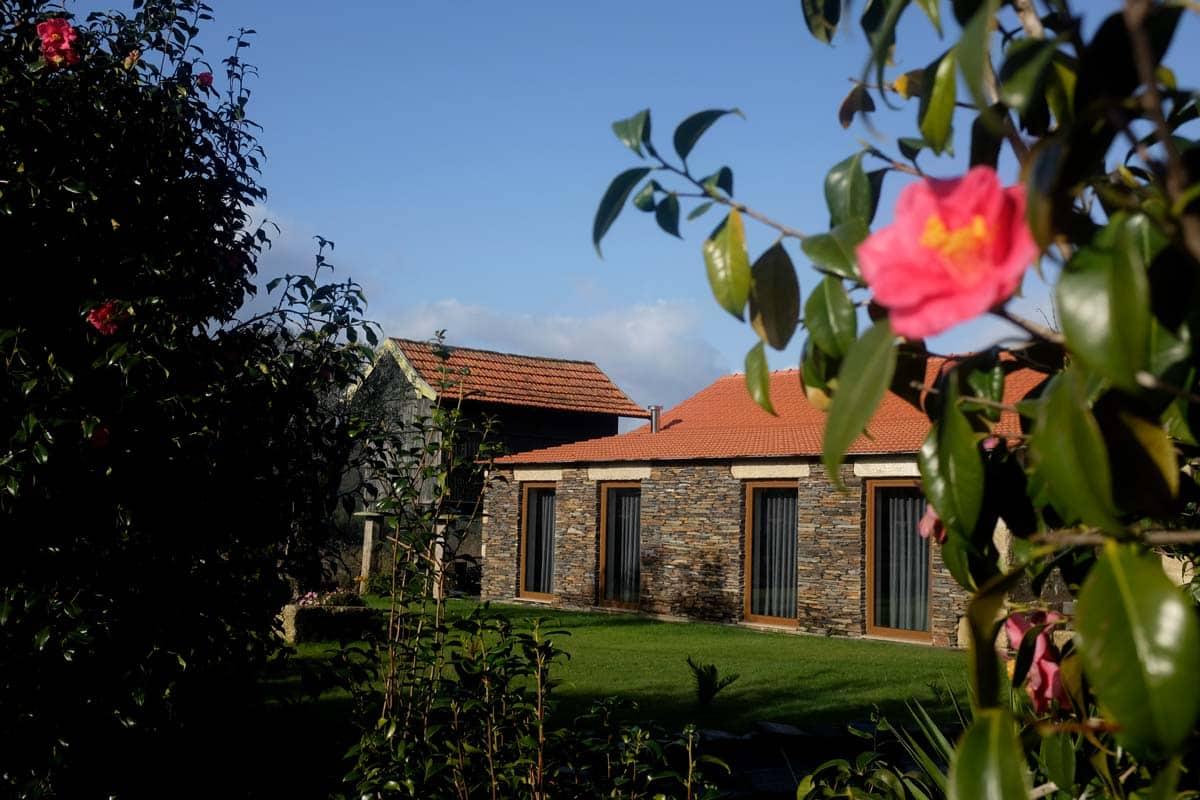 Exterior dos quartos da Casa Valxisto, Quintandona