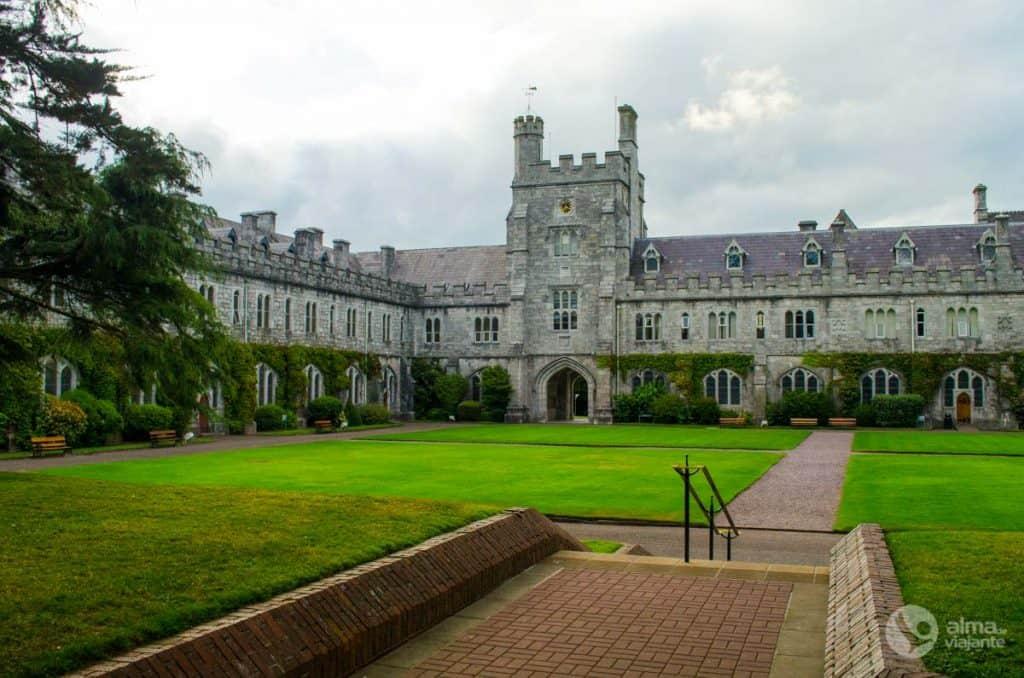 O que fazer em Cork: visitar Universidade