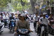 Rua da capital Hanói, Vietname