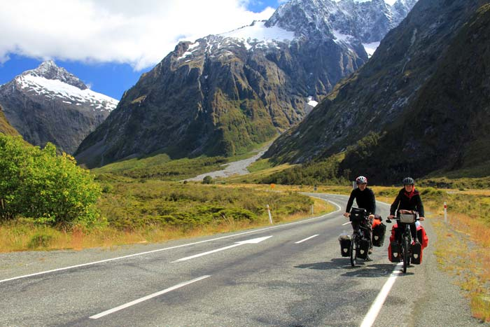 Viajar en bicicleta a dos