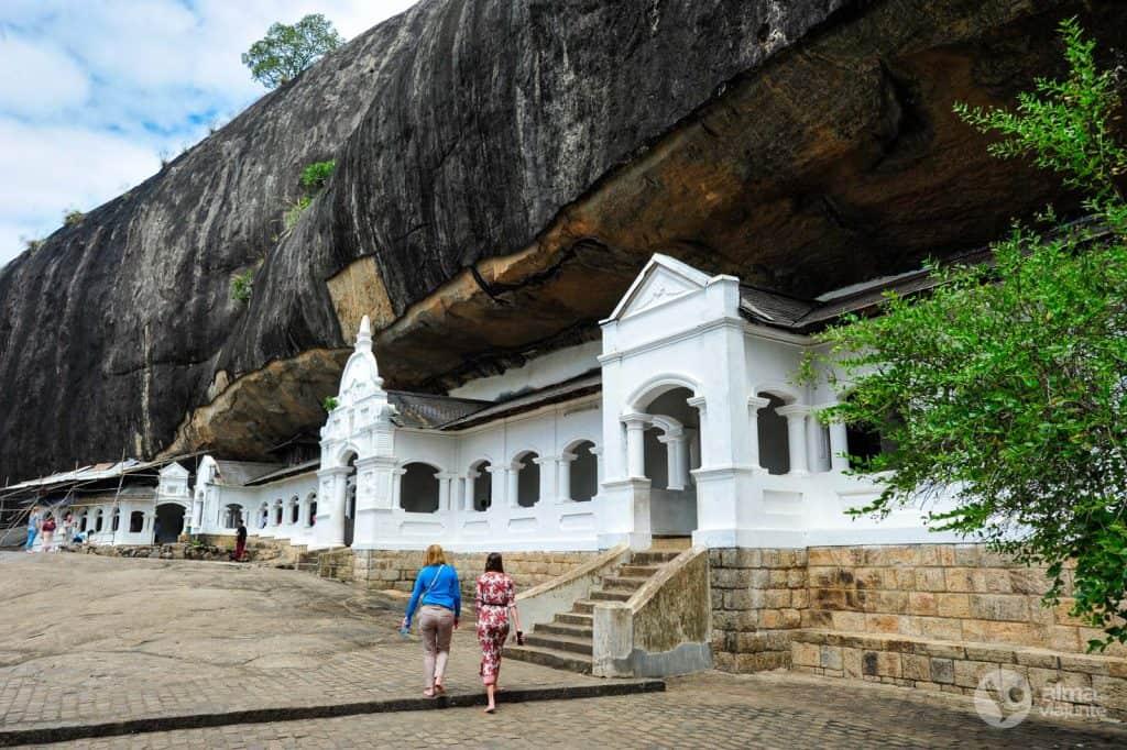 Turistas em Dambulla, Sri Lanka