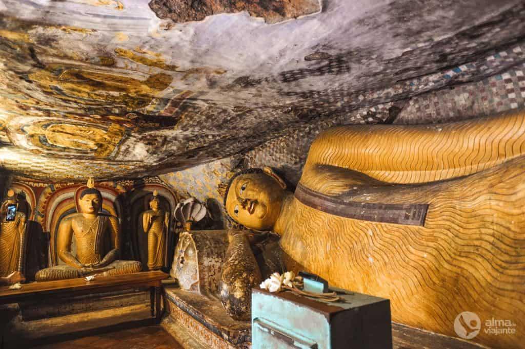 Buda deitado, Dambulla