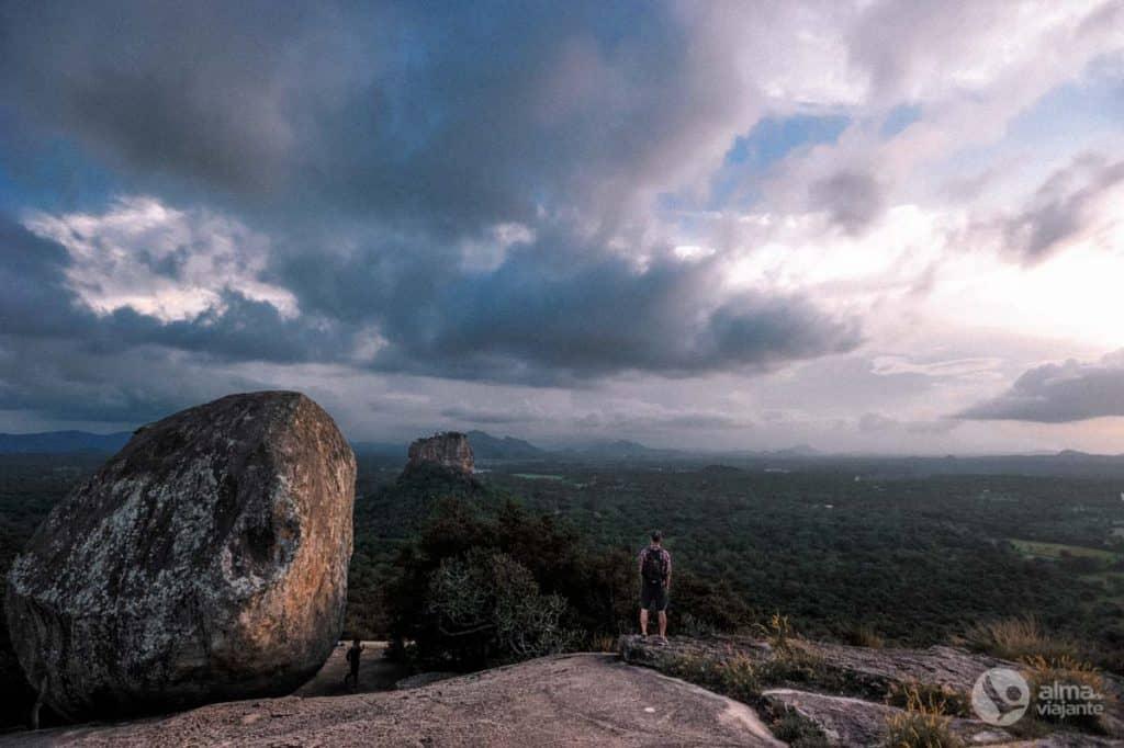 Subir Pidurangala: vista de Sigiriya