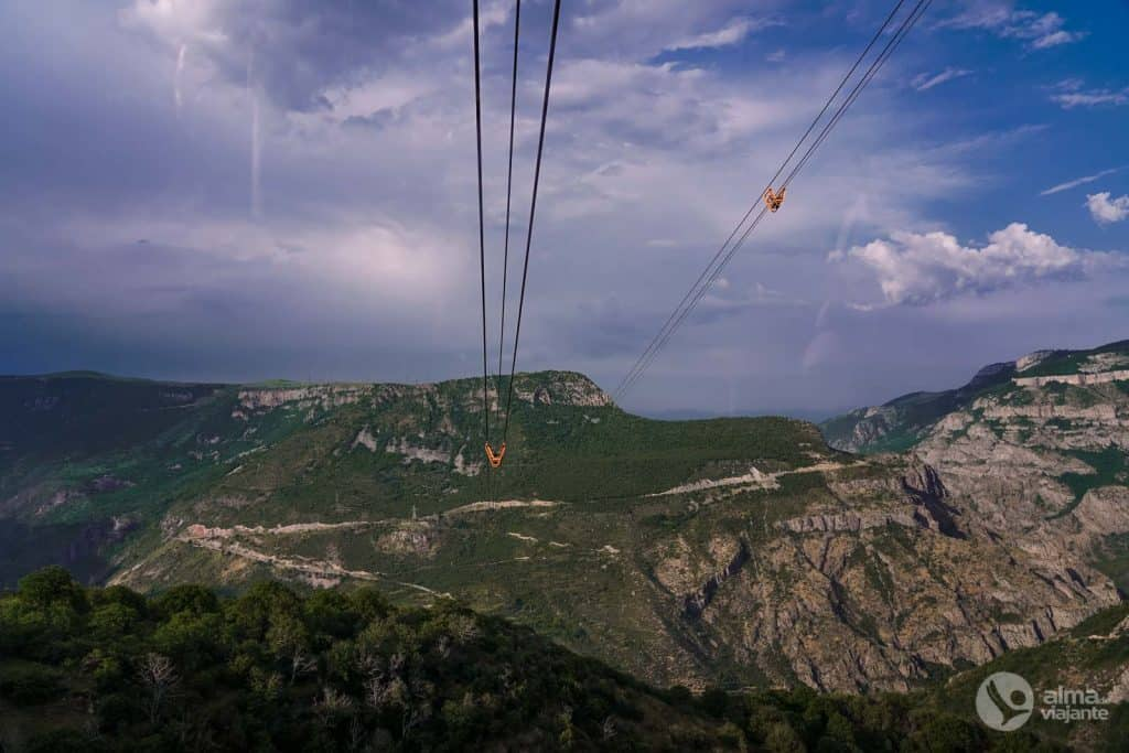 Wings of Tatev, Arménia