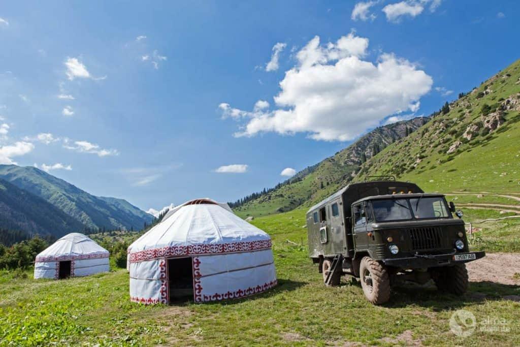 Vale de Altyn Arashan, Quirguistão